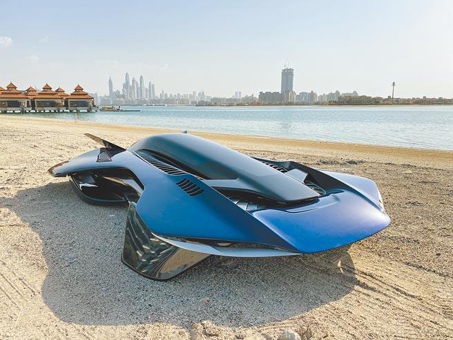 相較於目前各國打造的飛行車多仍停留在有翅膀或螺旋槳的階段,Bellwether打造全碳纖維單人座Antelope飛行車。(Bellwether提供/曹婷婷台南傳真)