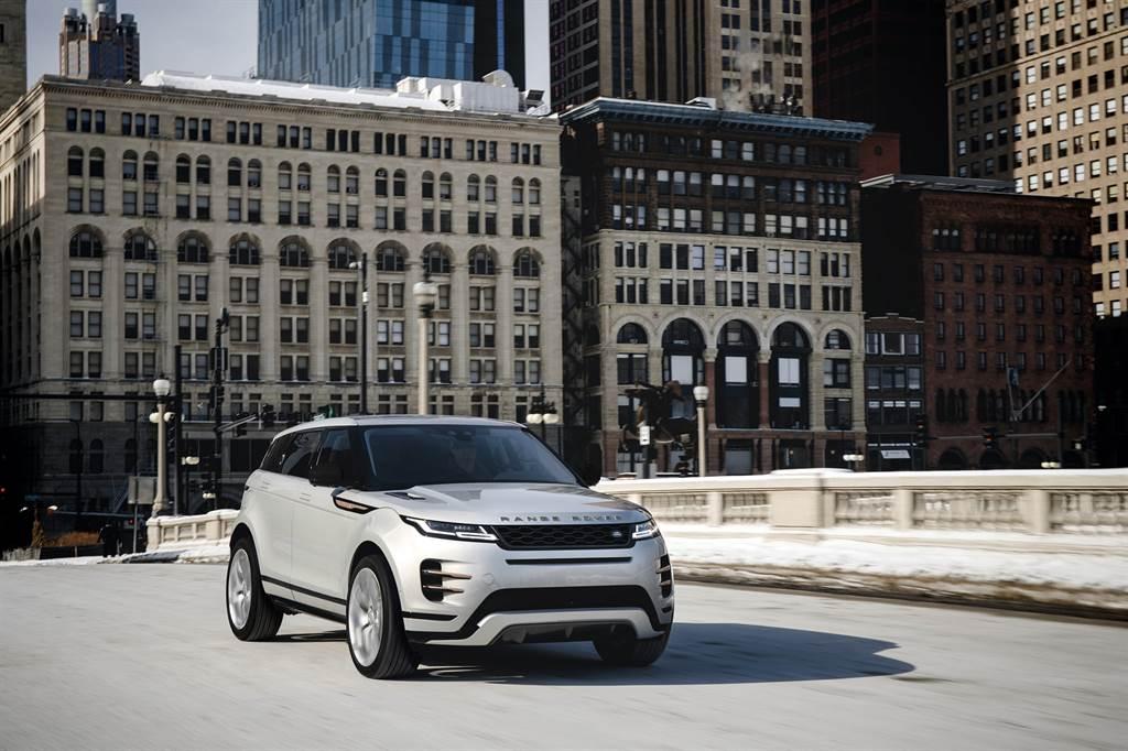 2021 年式 Range Rover Evoque,推出三車型,建議售價220萬元起。