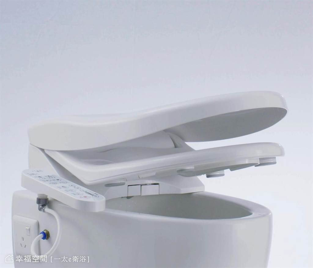 緩降掀蓋可避免巨大噪音產生,維持居家寧靜。(圖片提供/一太e衛浴)