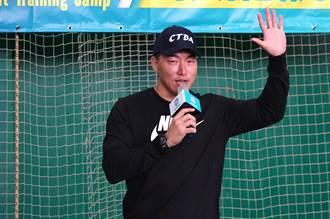 棒球》首度擔任訓練營「營長」 郭泓志盼讓學員快樂學習