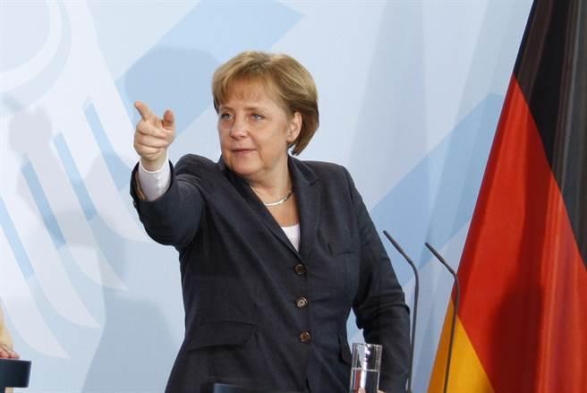 德國總理梅克爾政府以國安風險為由,禁止中國航天發展公司收購一家專門從事包括5G在內的衛星和無線電技術的德國公司。(圖/shutterstock)