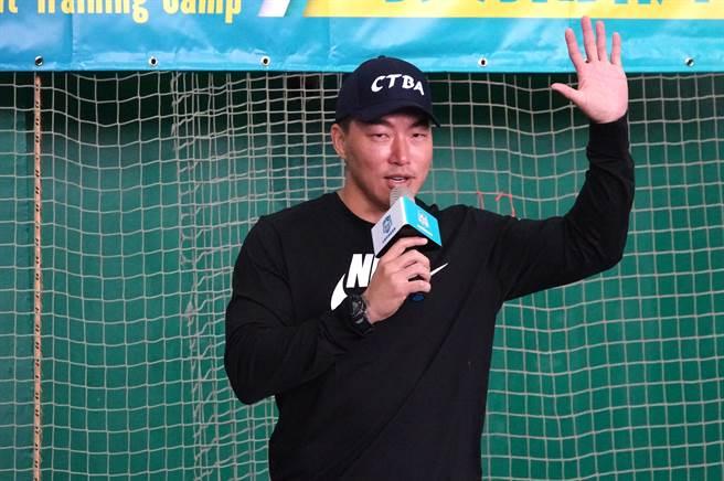 郭泓志首度擔任訓練營「營長」,課程安排都一手規劃。(毛琬婷攝)