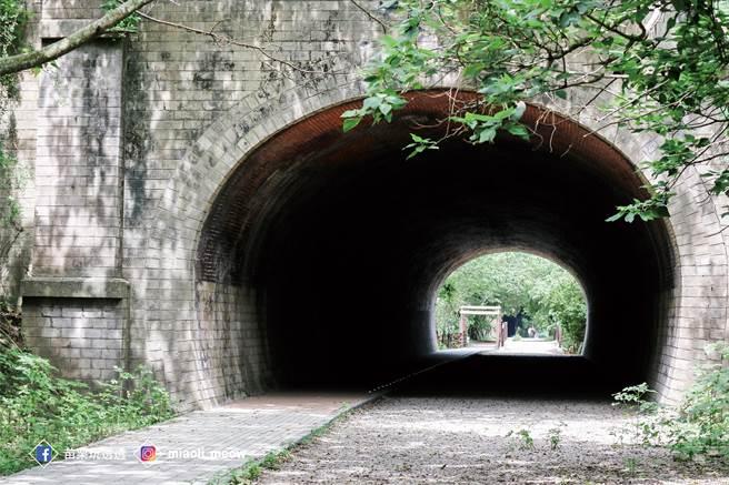苗栗縣竹南鎮擁有豐富旅遊資源,圖為崎頂鐵道文化公園。(苗栗縣政府提供/巫靜婷苗栗傳真)