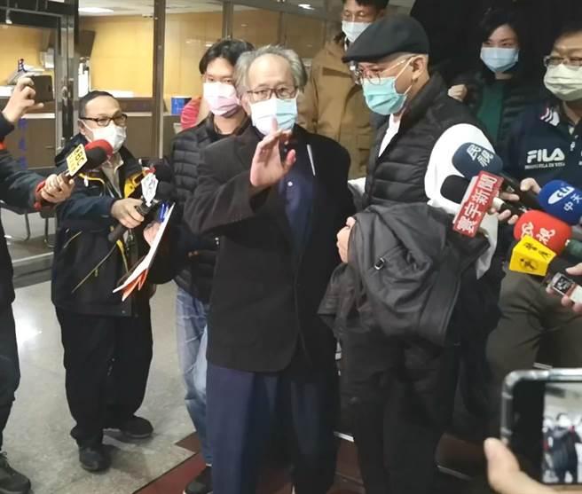 台北地院4日裁定藍委陳超明以500萬元交保。(黃捷攝)