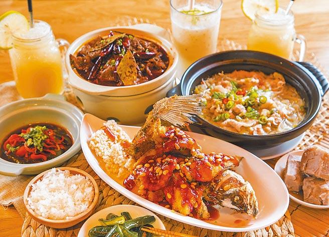 「1010湘」推出使用500元面額三倍券,可享指定料理6折。(瓦城泰統集團提供)
