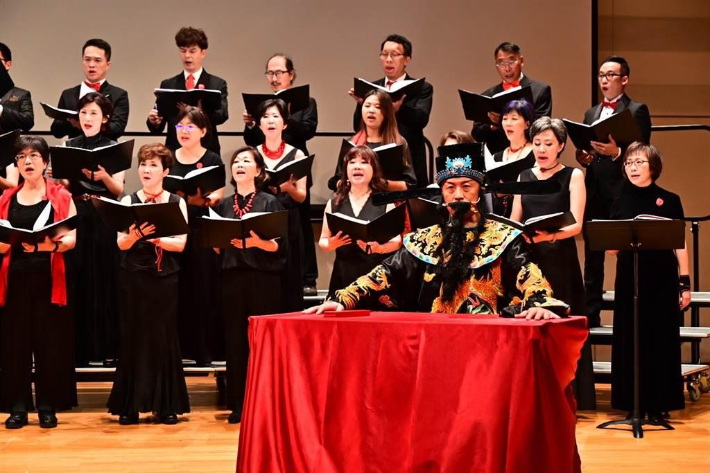 海歸人聲合唱團日前舉辦「世界恬靜落來的時」演出。(海歸人聲合唱團提供)