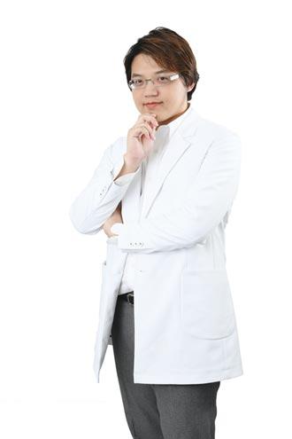 名医问诊》声带麻痹失声 自体脂肪注射可修復