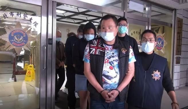 警方逮捕余姓、蔡姓兩名毒販。(警方提供)