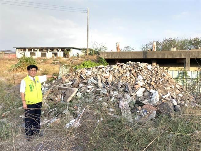 清水高北加壓站也遭營建廢棄物入侵。(陳淑娥攝)