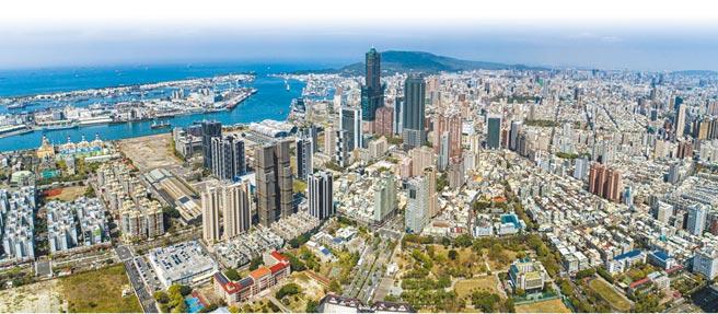 高雄亞洲新灣區重大建設齊聚,吸引大陸建設、遠雄建設、京城建設紛紛推出飯店宅,深耕區域巿場。(業者提供)