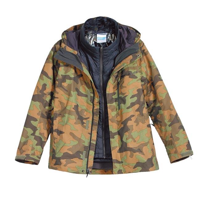 遠東巨城Columbia男OT防水保暖兩件式外套,原價1萬1800元、特價8260元。(遠東巨城提供)