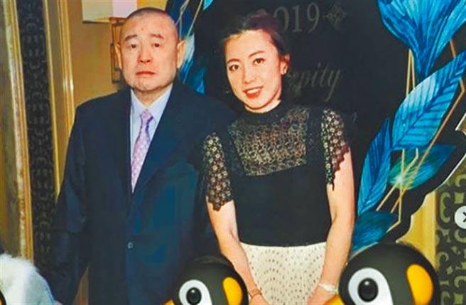 劉鑾雄(左)為前狗仔甘比定下浪子心,全因她不吵鬧不貪財產。(摘自甘比IG)