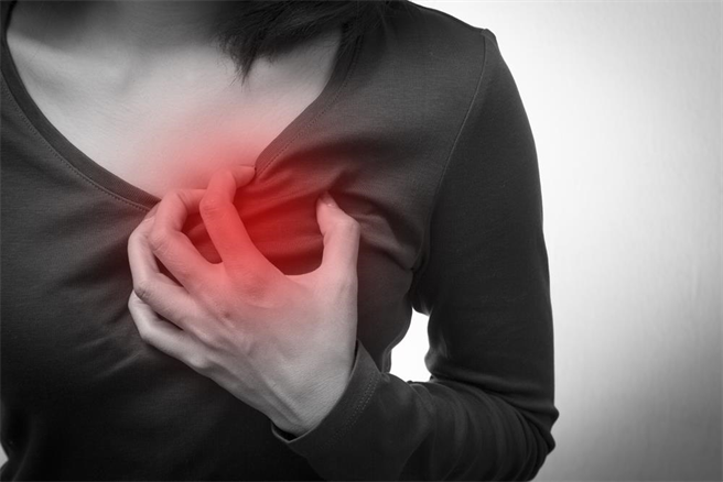 醫師表示,急性心肌炎不僅可怕且狡猾,若未及時治療死亡率高達100%。(示意圖/達志影像)
