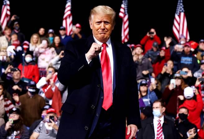 美國總統川普5日在喬治亞州的造勢大會上表示,「如果我輸了,我會是非常優雅的輸家。」(圖/路透社)