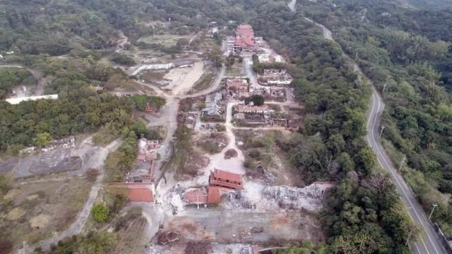 台灣民俗村今年初被新接手的地主產創業者,當時以迅雷不及掩耳速度拆除。(資料照)