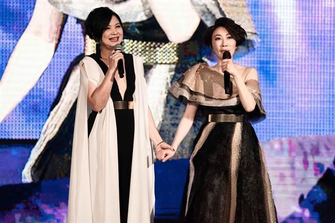 李翊君(右)今邀楊貴媚同台合唱。(寬宏藝術提供)