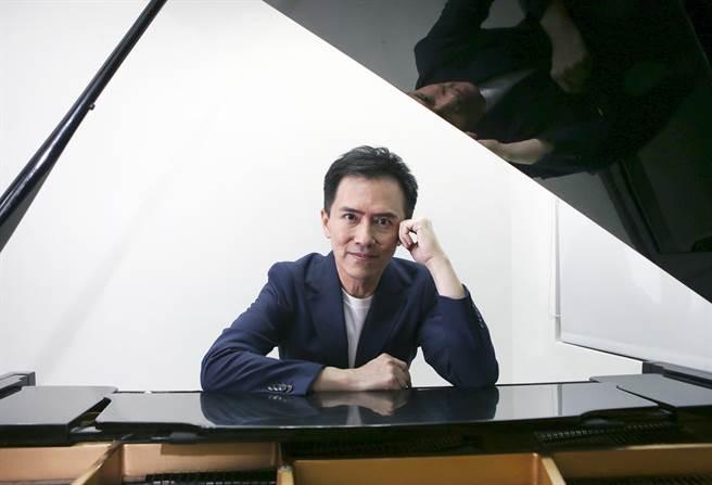 鋼琴家陳冠宇今年給自己一個大功課,要在3年內,挑戰演奏全本貝多芬32首鋼琴奏鳴曲。(趙雙傑攝)