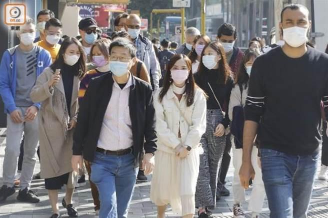香港疫情大爆發,不少民眾北上躲疫情。(取自東網)