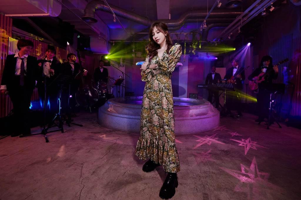 王心凌昨晚舉行TME Live 超現場「私.心」線上音樂會。(環球音樂提供)