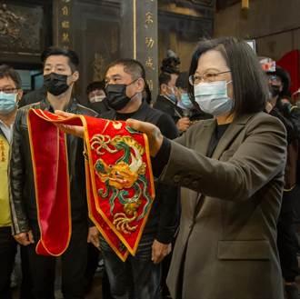 青山宮鞭炮炸不停 居民怒火燒進蔡英文臉書:真的受夠了!