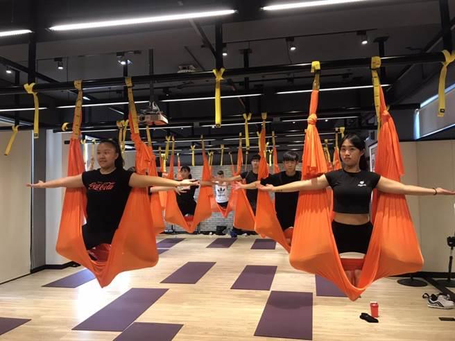 大葉大學運動健康管理學系在系上打造專業的健身空間,包括全方位適能教室、動感飛輪中心等。(校方提供/謝瓊雲彰化傳真)