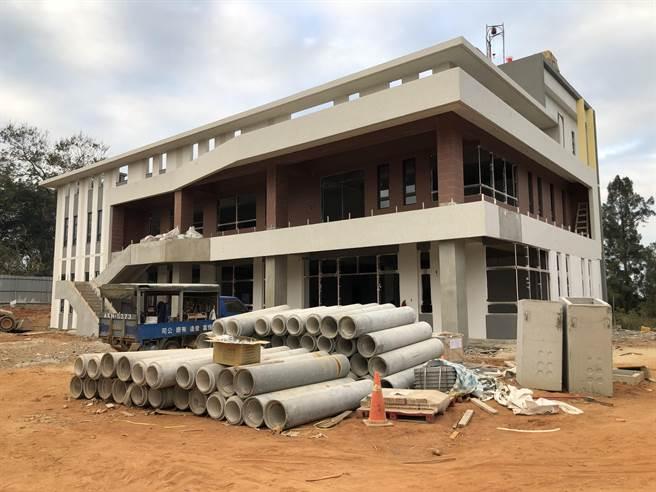 安岐多元照顧中心工程預計明年1月竣工,可提供最多60人的日間照顧服務。(李金生攝)