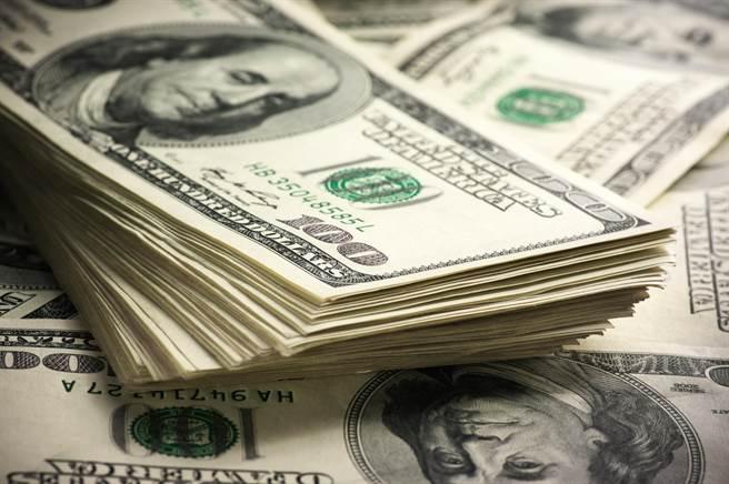 大陸11月外匯儲備增505億美元,創近7年最大單月增幅。(shutterstock)