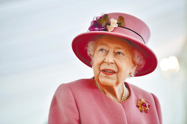 據《泰晤士報》,高齡94歲的女王伊麗莎白二世,將在接種疫苗後公開向民眾宣布。(路透)