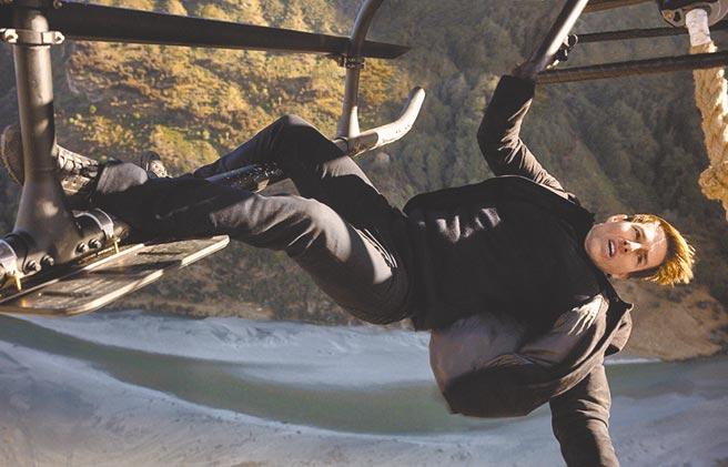 湯姆克魯斯向來不怕危險,為電影賣命演出。(摘自豆瓣電影)