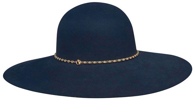 愛馬仕Bruna系列毛氈帽,5萬1100元。(HERMES提供)