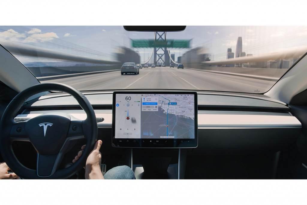 Tesla 年末 EAP 升級 FSD 新方案登場,選配價 11 萬 1000!