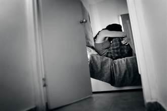 男大生網聊國中女 3天後2人到花博廁所狂戰 媽一聽氣瘋