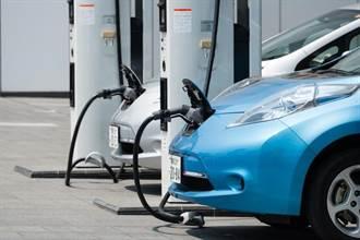 日本設立 2030 年代中期「棄油轉電」大限,澳洲憂慮淪為「開舊車的落後國家」
