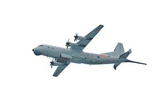 陸東部戰區反潛 運-9投深水炸彈