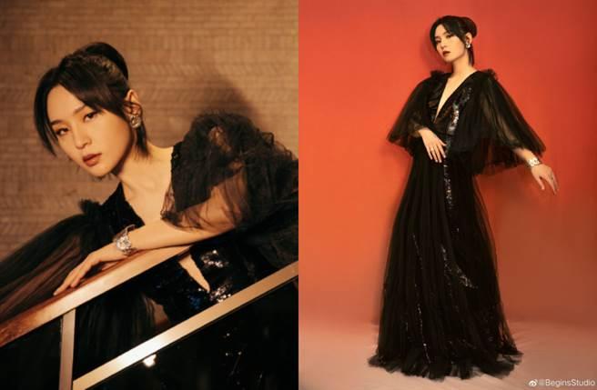 周筆暢以一襲深V黑紗裙亮相時尚活動,以性感幹練風吸引眾人目光。(圖/摘自微博@BeginsStudio)