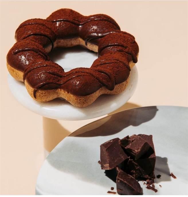 今(8)日Mister Donut宣布,即日起不再販售先前和福灣巧克力聯名推出的7款甜甜圈。(圖截自Mister Donut ig貼文)