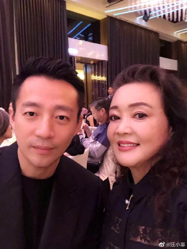 汪小菲与张兰母子情深。(取自汪小菲微博)