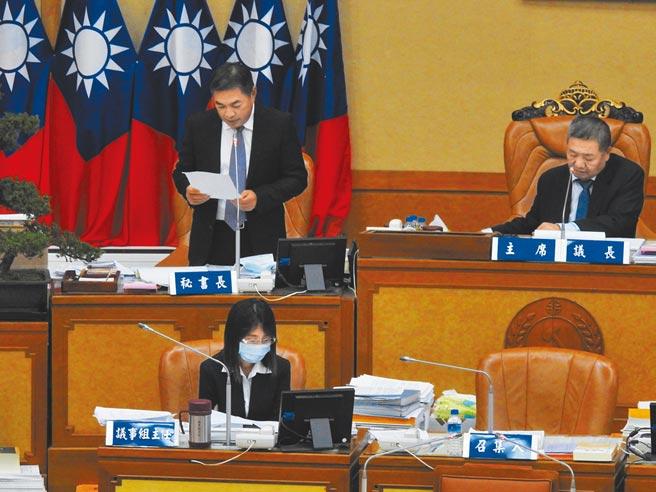 新北市政府2021年度總預算案,7日獲議會三讀通過。(許哲瑗攝)
