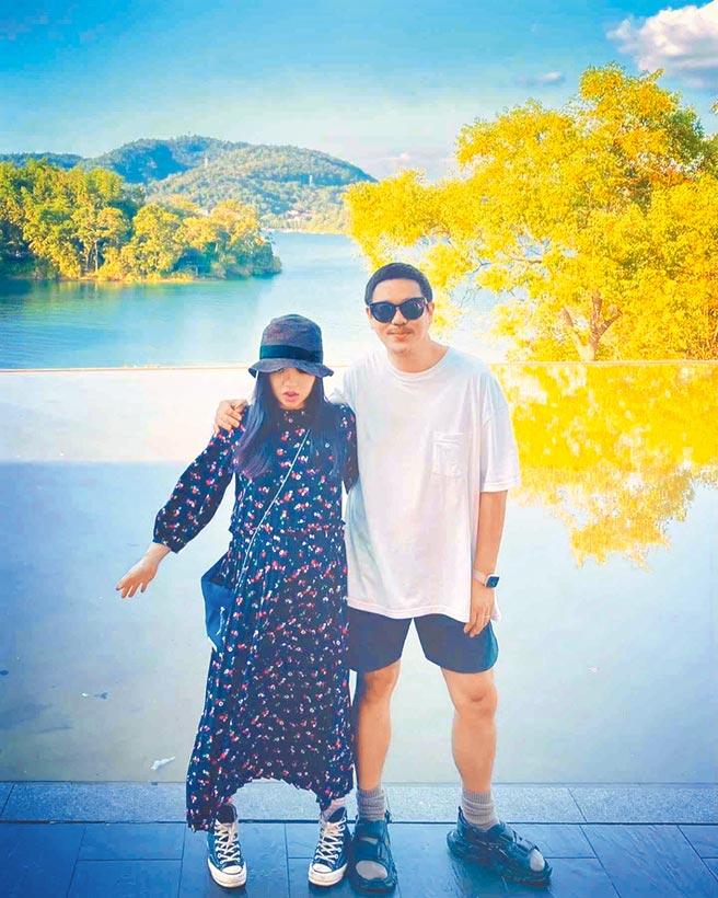 徐佳瑩(左)與導演老公比爾賈結婚2年感情甜蜜。(摘自IG)