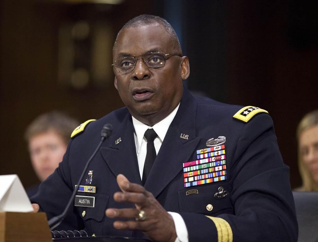 美國總統當選人拜今天公布新政府國防部長人選,由退役將領、前美軍中央司令部司令奧斯汀(Lloyd Austin )出線。(美聯社)
