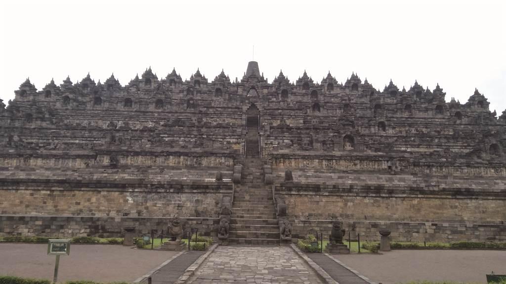 婆羅浮屠:通往天界的台階(圖/四塊玉文創提供)