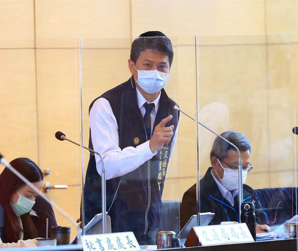 台中市政府交通局長葉昭甫說,北捷局求償問題,按契約面的部分要求廠商務必要落實,無法落實最高將處20%約20億的罰則。(陳世宗攝)