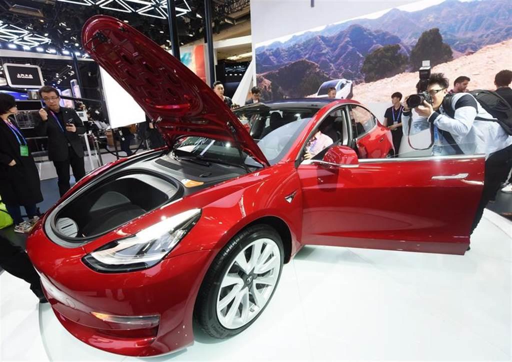 新電池上陣 賣破 2 萬台!特斯拉 Model 3 中國市場 11 月銷量創新高
