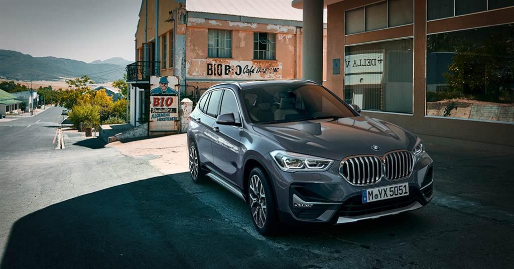 本月份入主全新BMW X1享0頭款、0首付多元分期方案或150萬60期0利率或尊榮租賃專案(含3年租賃0利率),加碼1年乙式全險,本月交車更加贈頂級5星住宿假期。