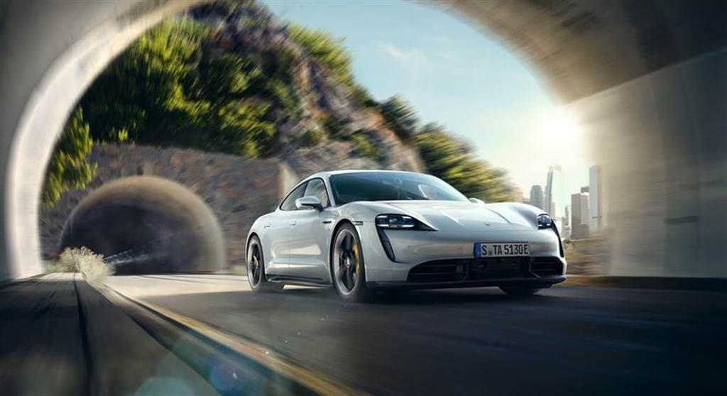 Taycan 成為英國 11 月保時捷 銷售冠軍,累計銷量超越賓士 S-Class、BMW 7 系列