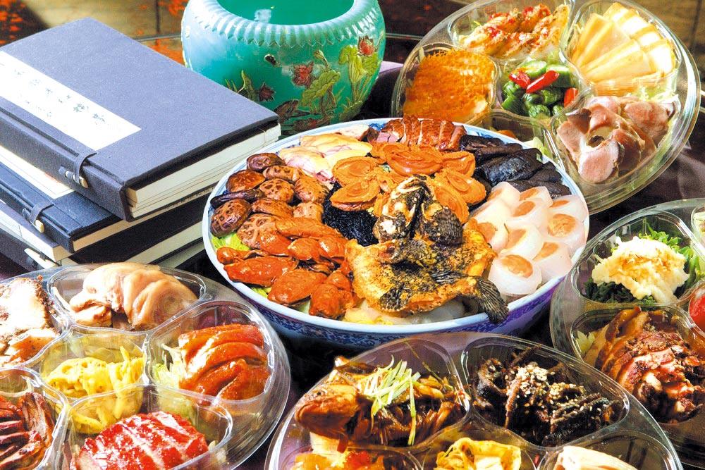 君品酒店搶年菜外賣商機,推出每盆要價3.88萬元的「富貴大盆菜」。圖/台北君品酒店提供