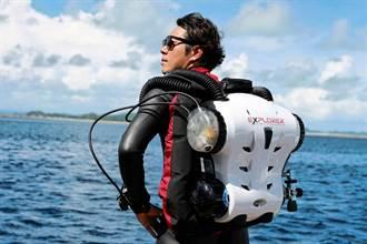30歲才轉換跑道 他成為五大傑出華人水下攝影師