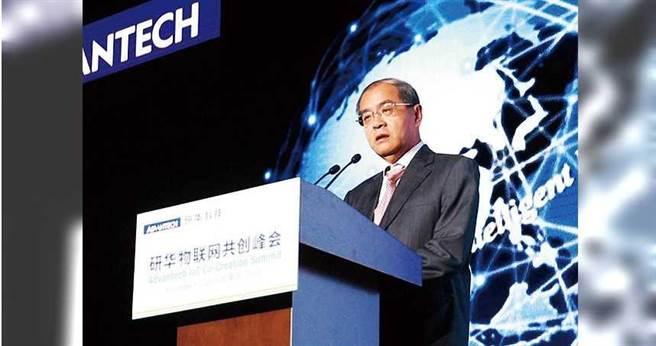 研華董事長劉克振近年持續推動物聯網,但公司伺服器在11月19日也證實被駭客針對性地入侵。 (圖/研華提供)