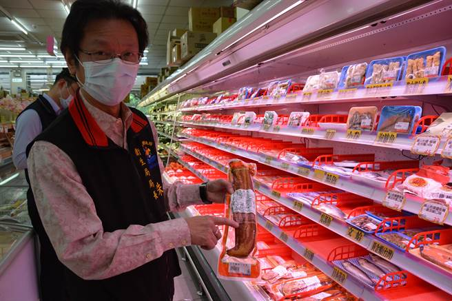 衛生局長朱家祥強調各項肉品都需標示來源。(王志偉攝)