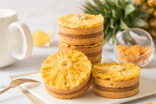 搶攻甜點與伴手禮商機,華泰大飯店集團推出太陽造型鳳梨酥。圖/華泰飯店集團提供